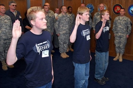 Swearing in new recruits